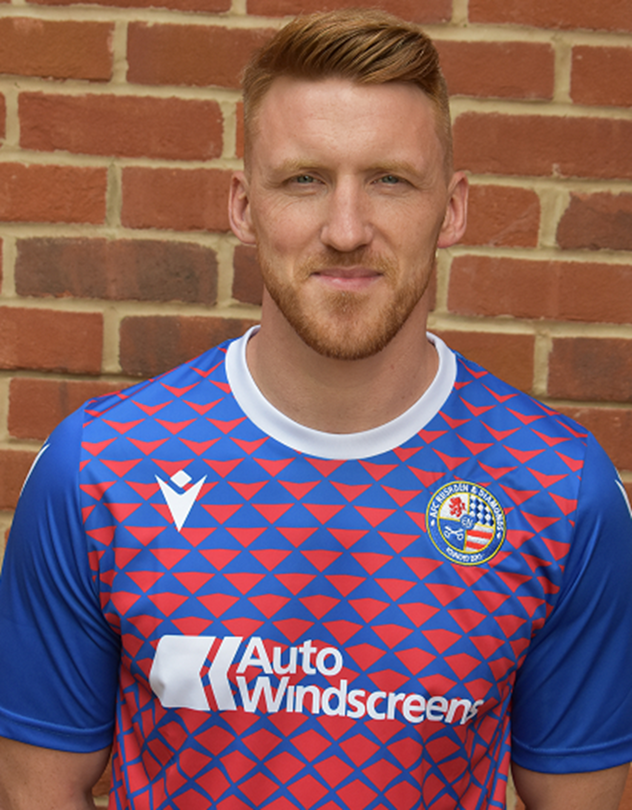afc-rushden-diamonds-2019-20-season-kit-v2.png