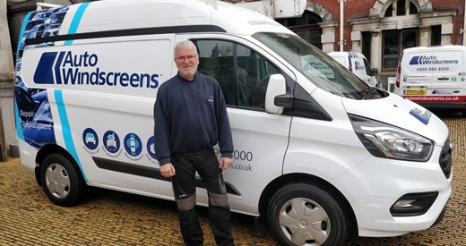 10 vans to twells - Steve Skinner, Markerstudy Group with Auto Windscreens van.jpg
